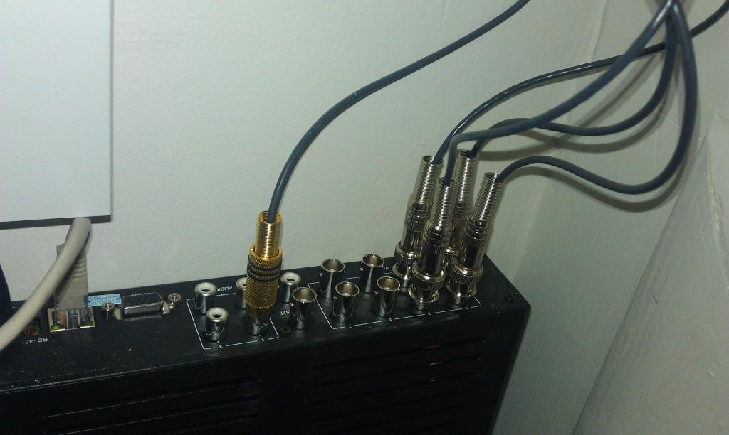 Микрофон в регистраторе RCA